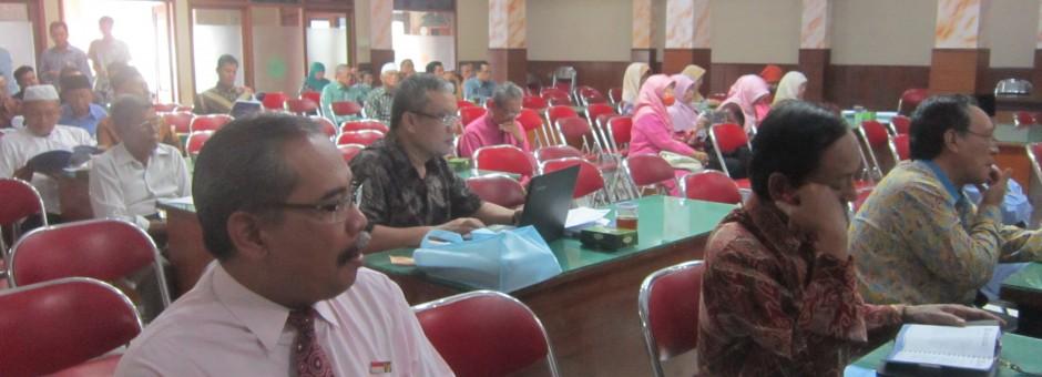 BPR Syariah BDW mewujudkan acara gathering pemegang saham 2014 sebagai sarana untuk mempererat tali silaturahim antar pemegang saham.....
